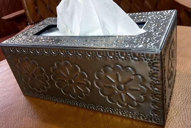 Tin_Tissue_Box_4e264c18ade40.jpg